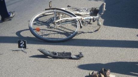 Accident la Blăjel, biciclist lovit de un tir   VEZI amănunte