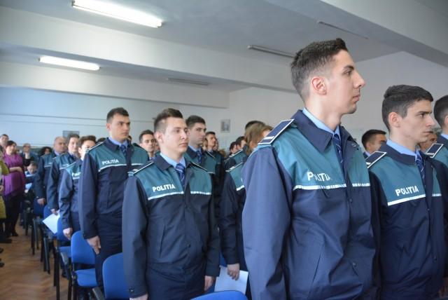 Poliţia Română la un pas de revoltă