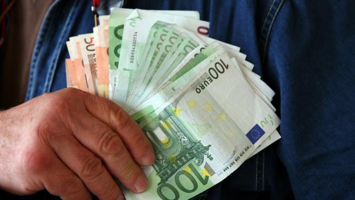 guvernul interesat de banii trimisi in tara