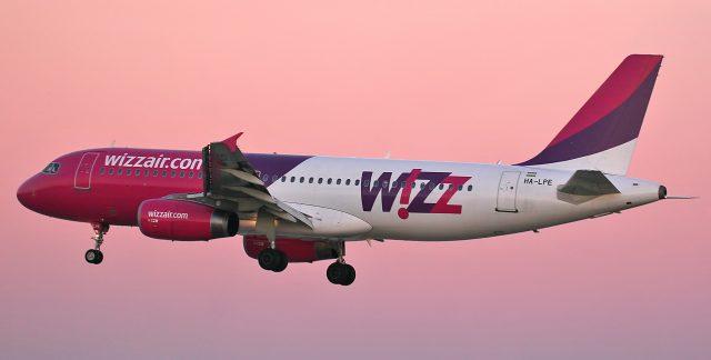 Compania Wizz Air suspendă 3 curse de la Sibiu