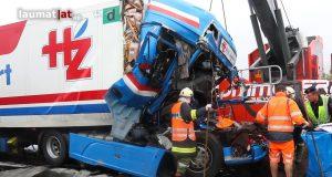 Doi şoferi de TIR angajaţi ai unei firme din Mediaş au murit în Austria