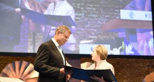 Președintele Iohannis invitat la Palatul Buckingham
